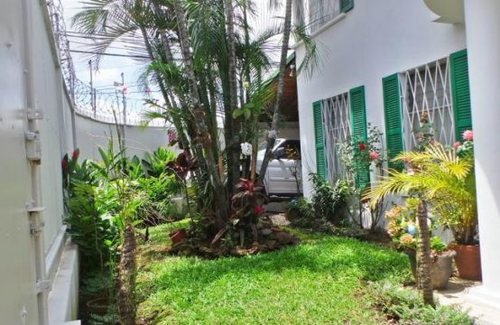Casa Independiente en Sabana Sur